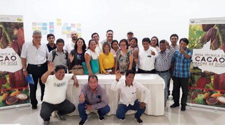 DIRECTOR REGIONAL DE AGRICULTURA, JULIO RUIZ, DESTACA INICIATIVA QUE BUSCA ELABORAR PLAN NACIONAL PARA DESARROLLAR EL CACAO Y CHOCOLATE