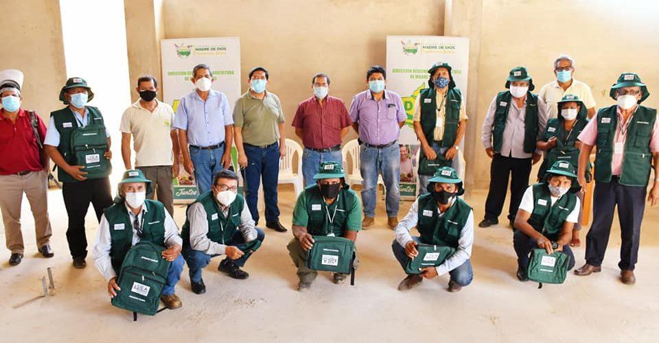 DIRECCIÓN DE AGRICULTURA ENTREGO KITS DE INDUMENTARIA A LOS AGRICULTORES CALIFICADOS, ENCARGADOS DE RECOGER INFORMACIÓN AGRARIA EN CAMPO
