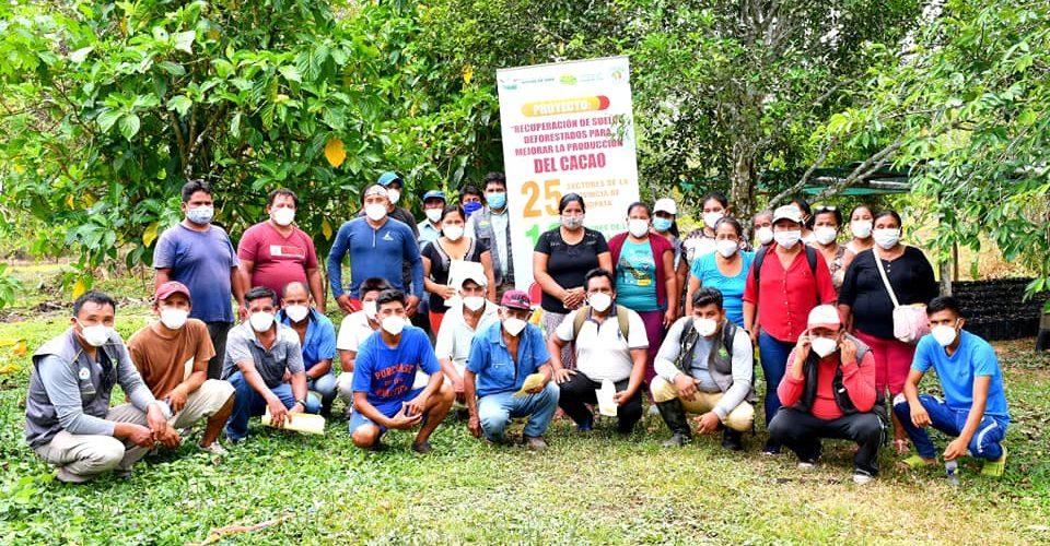 CAPACITACIÓN A AGRICULTORES DE LA COMUNIDAD DE INFIERNO EN MANEJO DE CULTIVO DE CACAO.