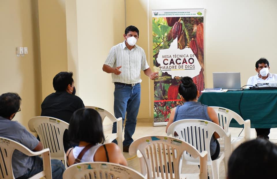 DRA Y MESA TÉCNICA DE CACAO ADOPTAN MEDIDAS PARA MEJORAR Y CONSOLIDAR LA CADENA PRODUCTIVA DE CACAO EN MADRE DE DIOS.