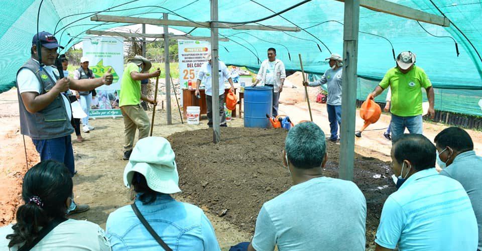 DRA FORTALECE CAPACIDADES EN PRODUCCIÓN DE ABONOS ORGÁNICOS PARA AGRICULTORES DEL DISTRITO DE IBERIA.